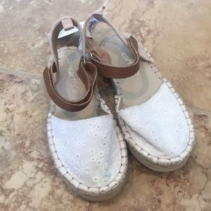 Lil Girls Carters Shoes